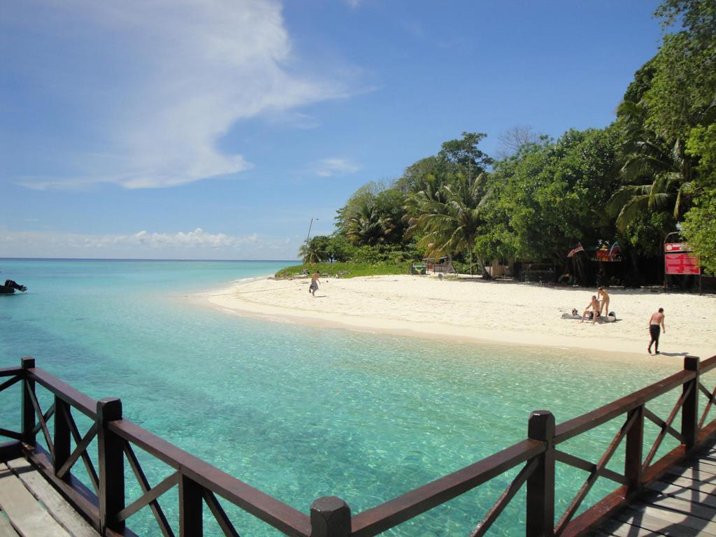 наступлением зимы фото острова борнео и его пляжей начинается глубоко