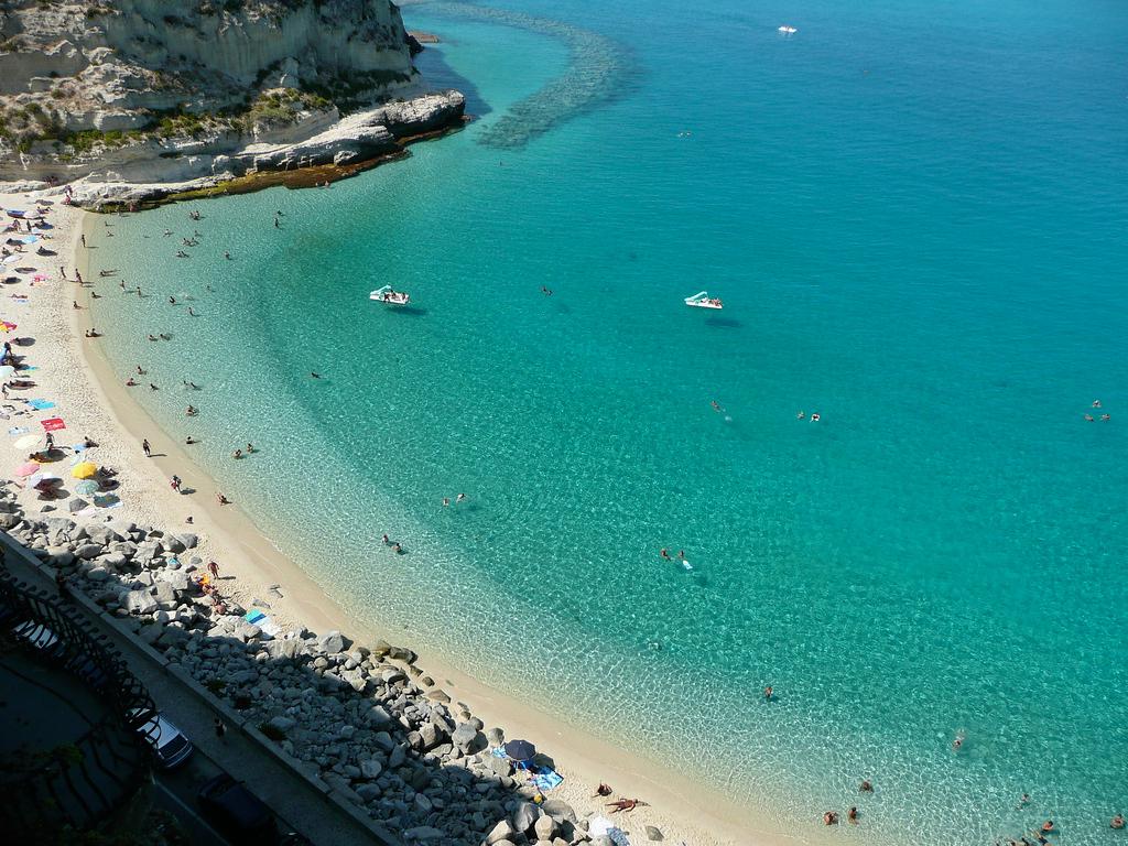 лучшие пляжи италии фото невзлюбила девушку
