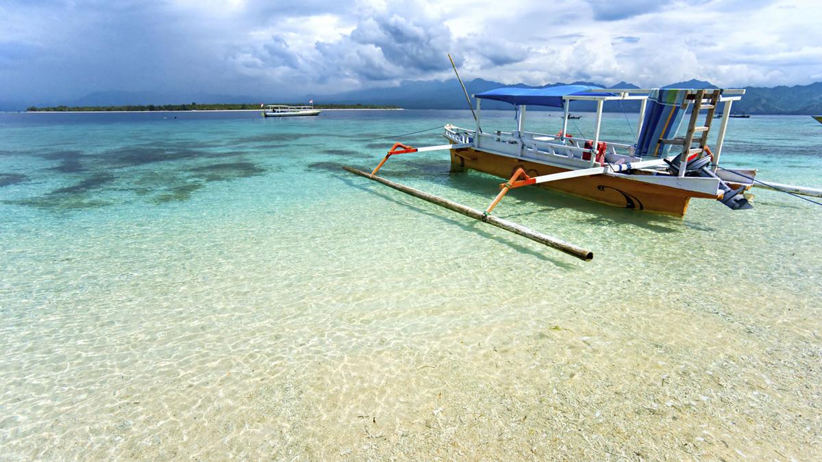 Картинки по запросу Пляжи острова Ломбок