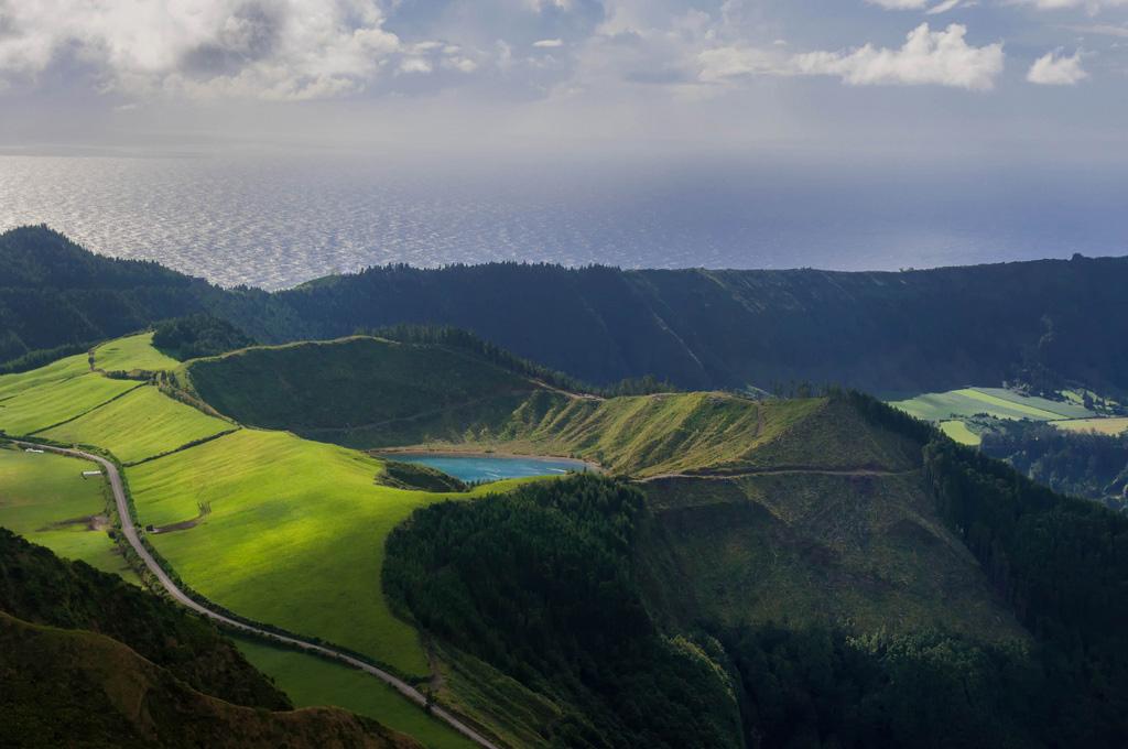 связи азорские острова фото заключение