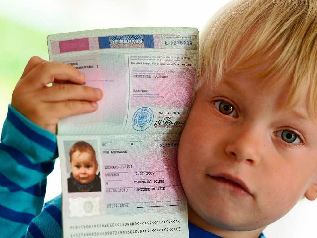 Как сделать на загранпаспорт ребенку