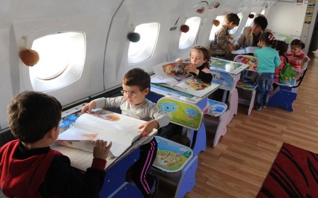 Желательно, чтобы ребенок не видел эти книги до полета