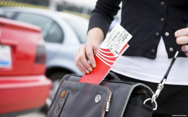 Привычные бумажные билеты постепенно теряют свою актуальность