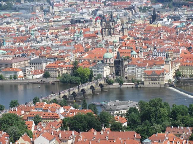 Завораживающая панорама на старинный город