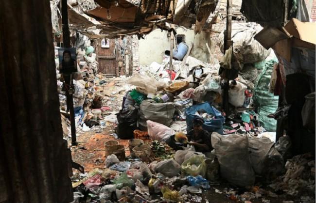 Вот такая «мусорная» жизнь в одном из районов Каира
