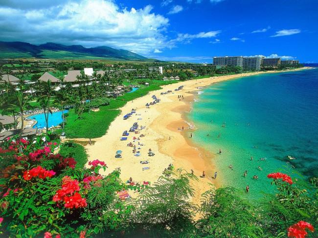 Невероятная красота побережья очаровывает с первых секунд и влюбляет в себя навечно