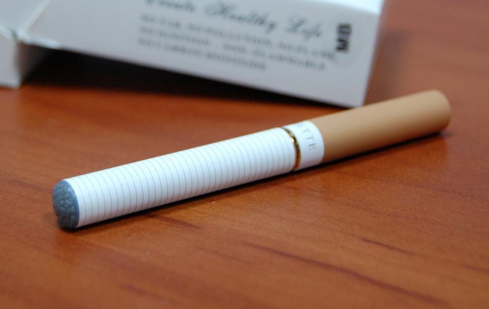 Можно купить сигареты в аэропорту аптеки где купить электронную сигарету
